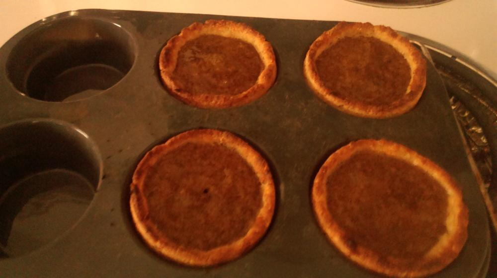 Keto Pumpkin Pie tarts 2 net carbs